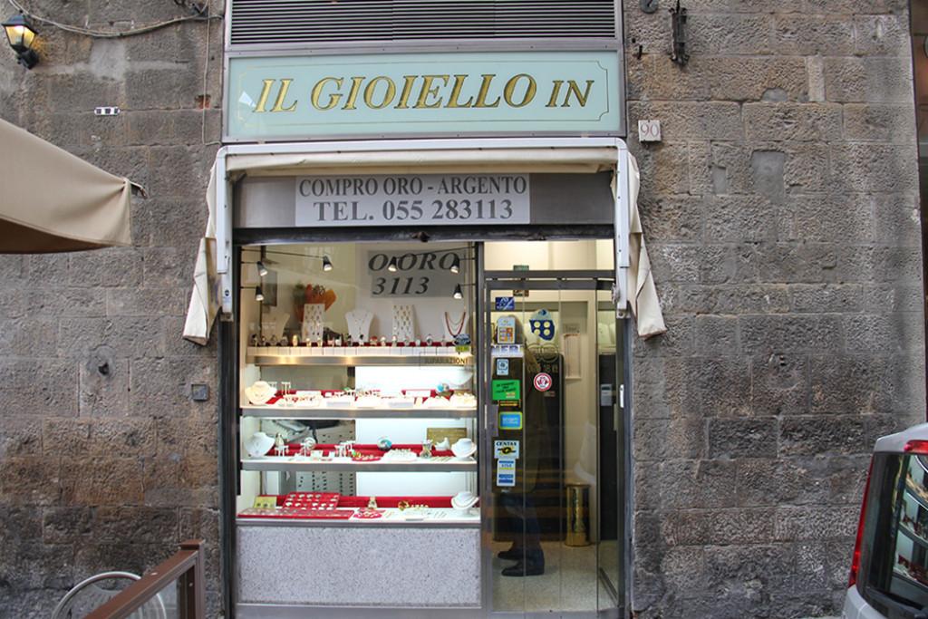 Foto dell'esterno del negozio Il gioiello In